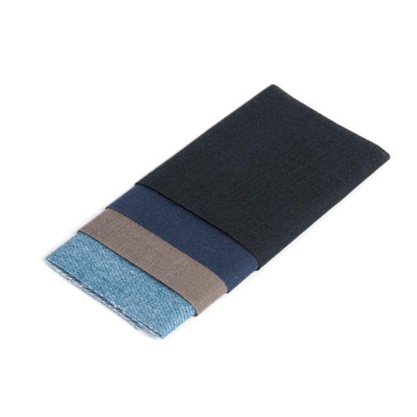 Strykbara laglappar i fyra olika färger