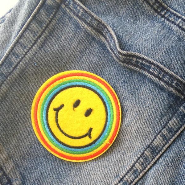 Regnbåge - Roligt tygmärke jeans