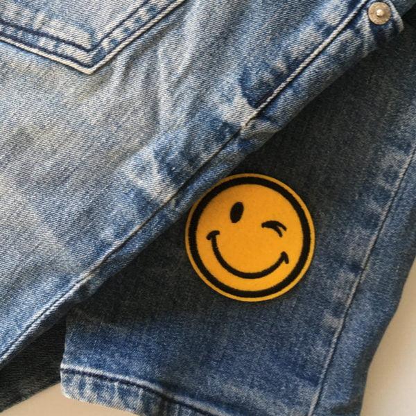 Blinkande Emoji Tygmärke för barn - stryka på