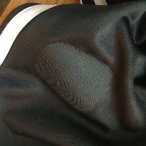 Adidasbyxor, lappade med laglapp av polyester