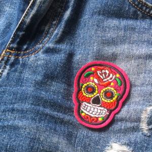 Rosa Sugar Skull - Tygmärke