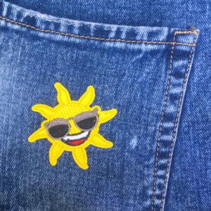 Cool sol med solglasögon - tygmärke