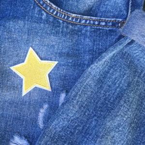 guldstjärna vit kant jeans - tygmärke