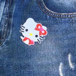 Hello Kitty gul nos jeans - tygmärke