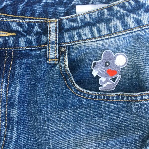 Husmus hjärta jeans - tygmärke