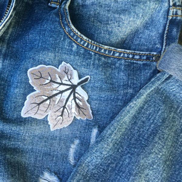 löv grå jeans - tygmärke