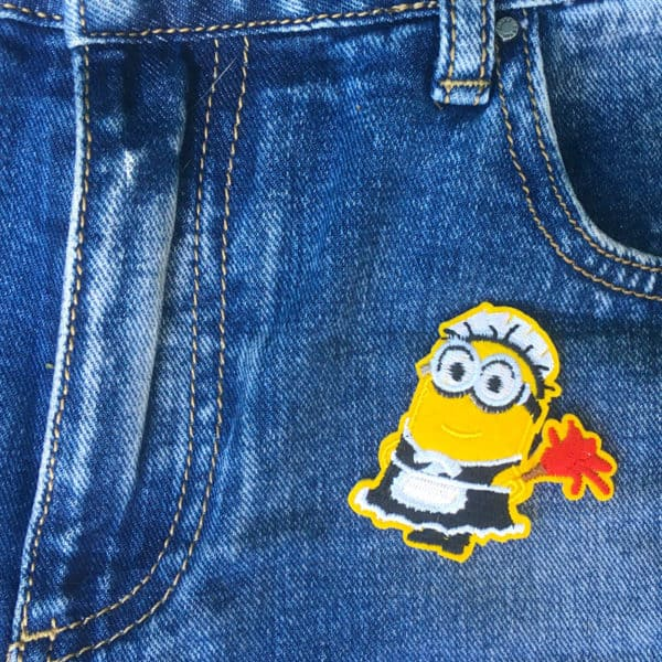 Minions dammvippa jeans - tygmärke