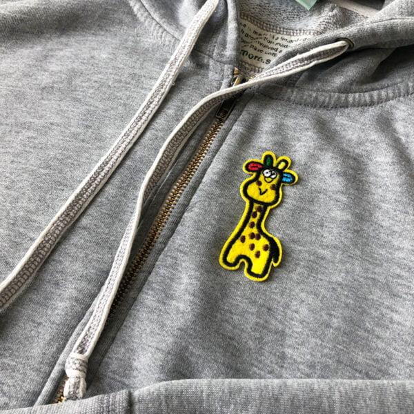 Färgglad giraff med prickar - tygmärke för barn