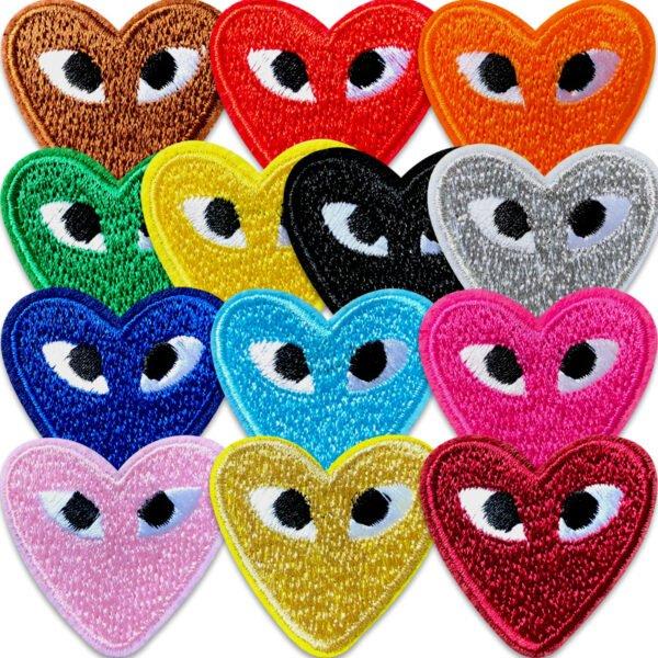13-pack hjärtan med ögon - tygmärken