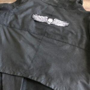 Bevingad dödskalle - Broderat ryggmärke för läderjacka