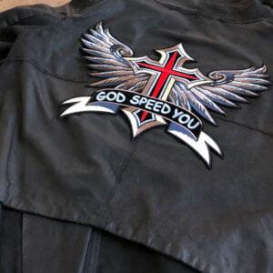 kors med vingar ryggmärke - tygmärke läderjacka