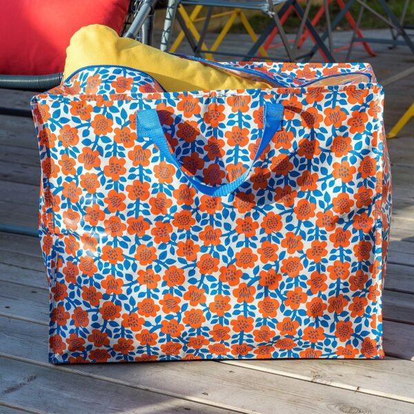 Väska att förvara utomhusdynor i