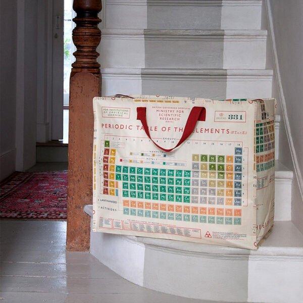 Förvaringsväska med motiv kemi periodiska systemet