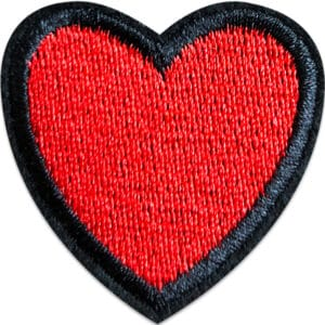 rött hjärta tygmärke