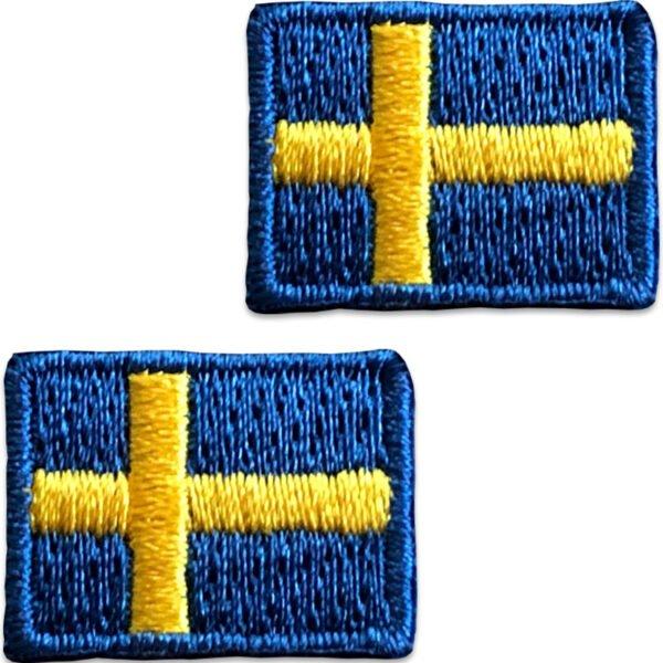 tygmärken 2 små svenska flaggor