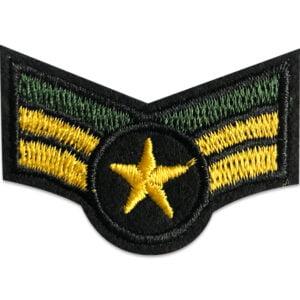 Militärt tygmärke med gradbeteckning och stjärna