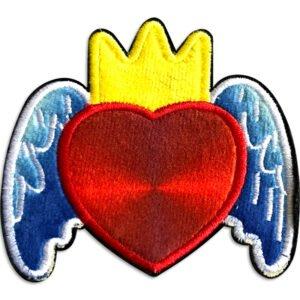 hjärta med vingar och krona tygmärke