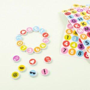 klistermärken till pärlor