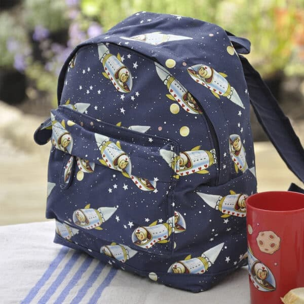 ryggsäck för barn rymden