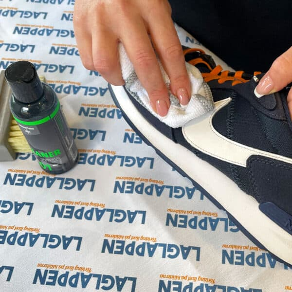 Rengöring av sneakers