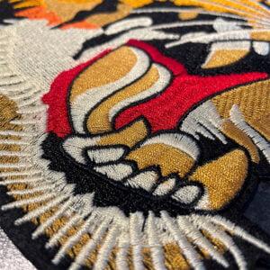 tygmärke stor orientalisk tiger närbild