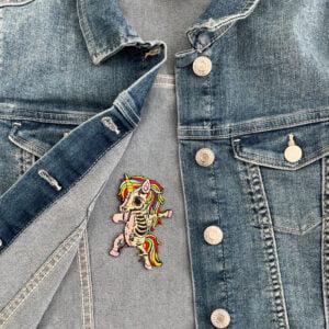 tygmärke zombie pony jeansjacka